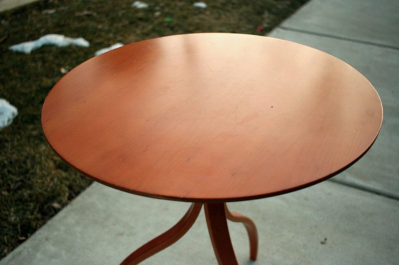 Stender for Modulus Table Top Detail