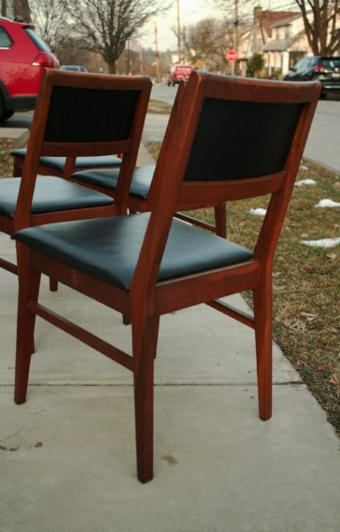 Hibriten Chair Company Dining Chairs